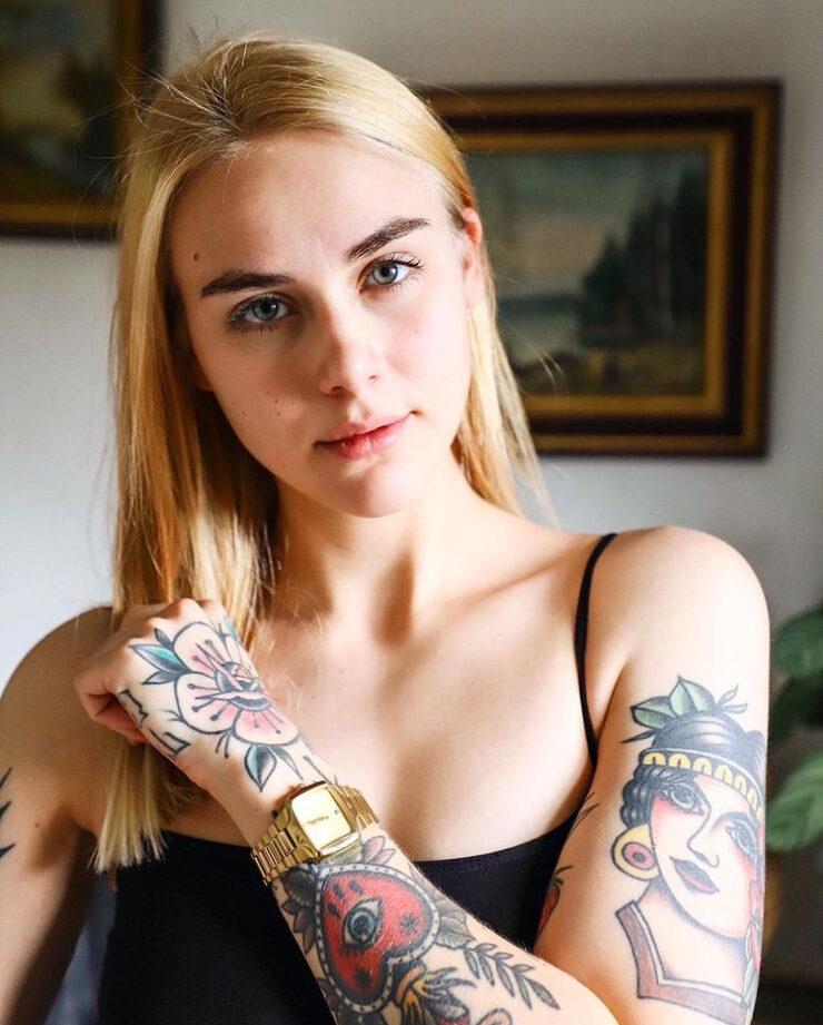 Carmen, tattoo model