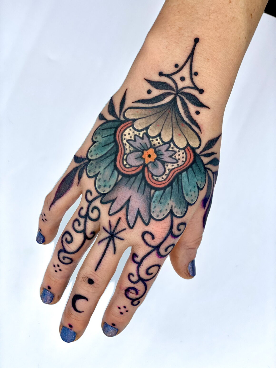 Amarë, Tattoo with love, Belle Croix-North, France
