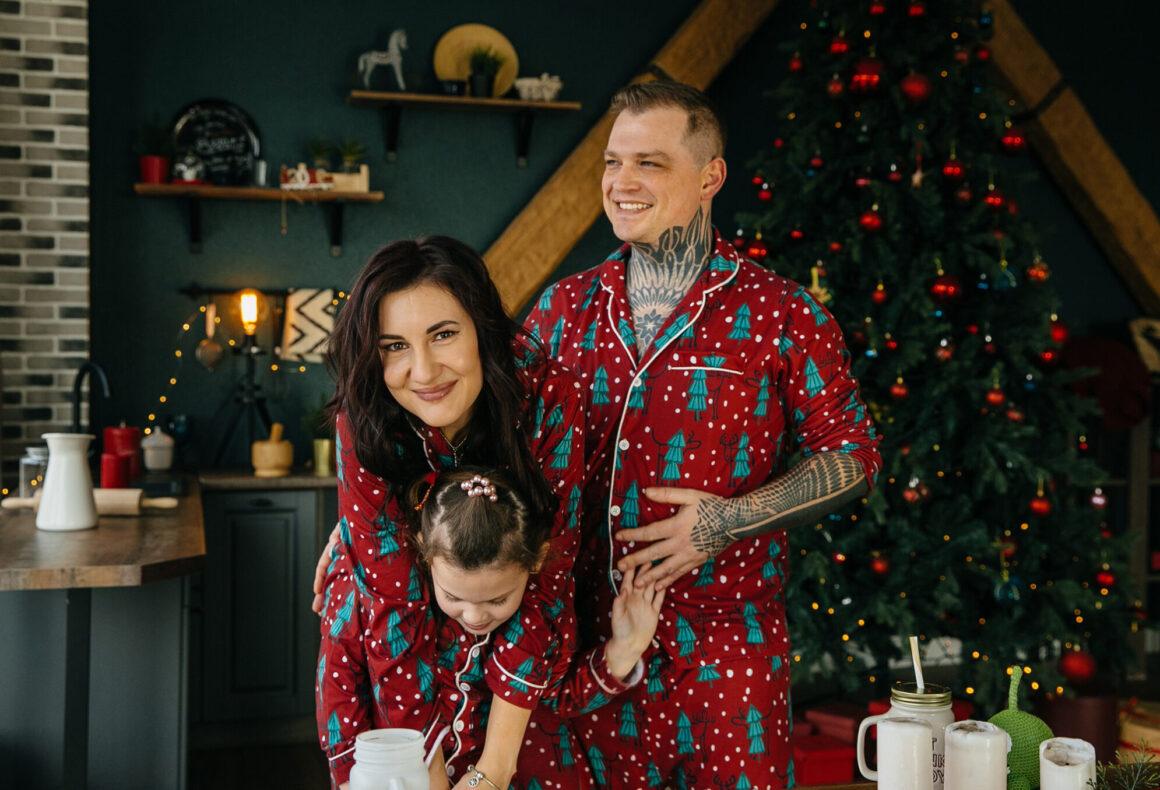The family: Ilya, Naira, and daughter Kira