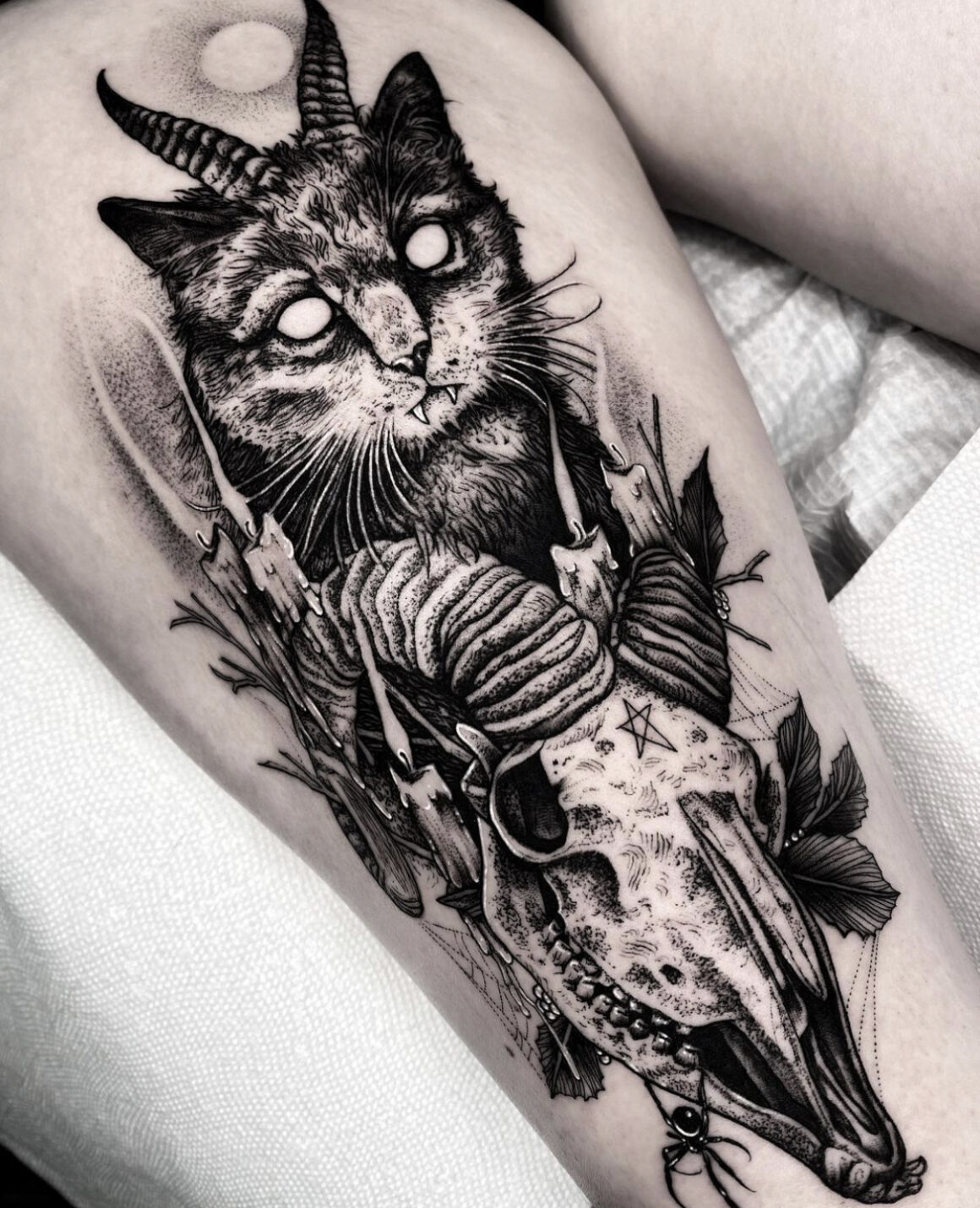 Matthew Murray, Black Veil Tattoo, Salem, USA