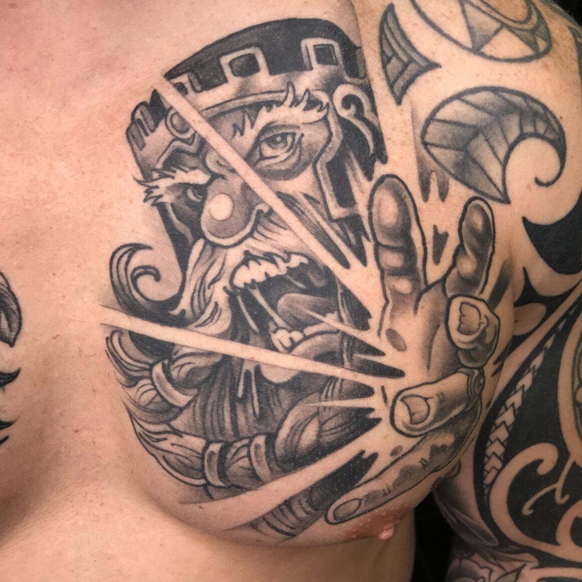 Loz, Circle of Swords Tattoo Studio, Worcester (UK)_1