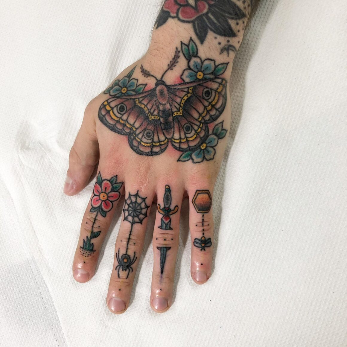 Thomas, Circle of Swords Tattoo Studio, Worcester (UK)