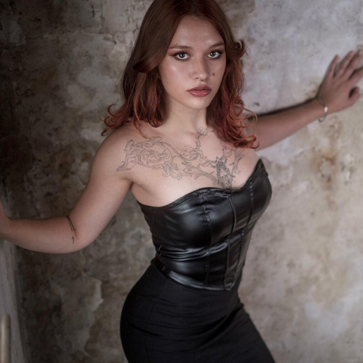 Kim Viergever, tattoo model, photo by @marc_glaudemans